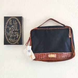 Samantha Brown 💜 travel Makeup Croc Embossed Bag